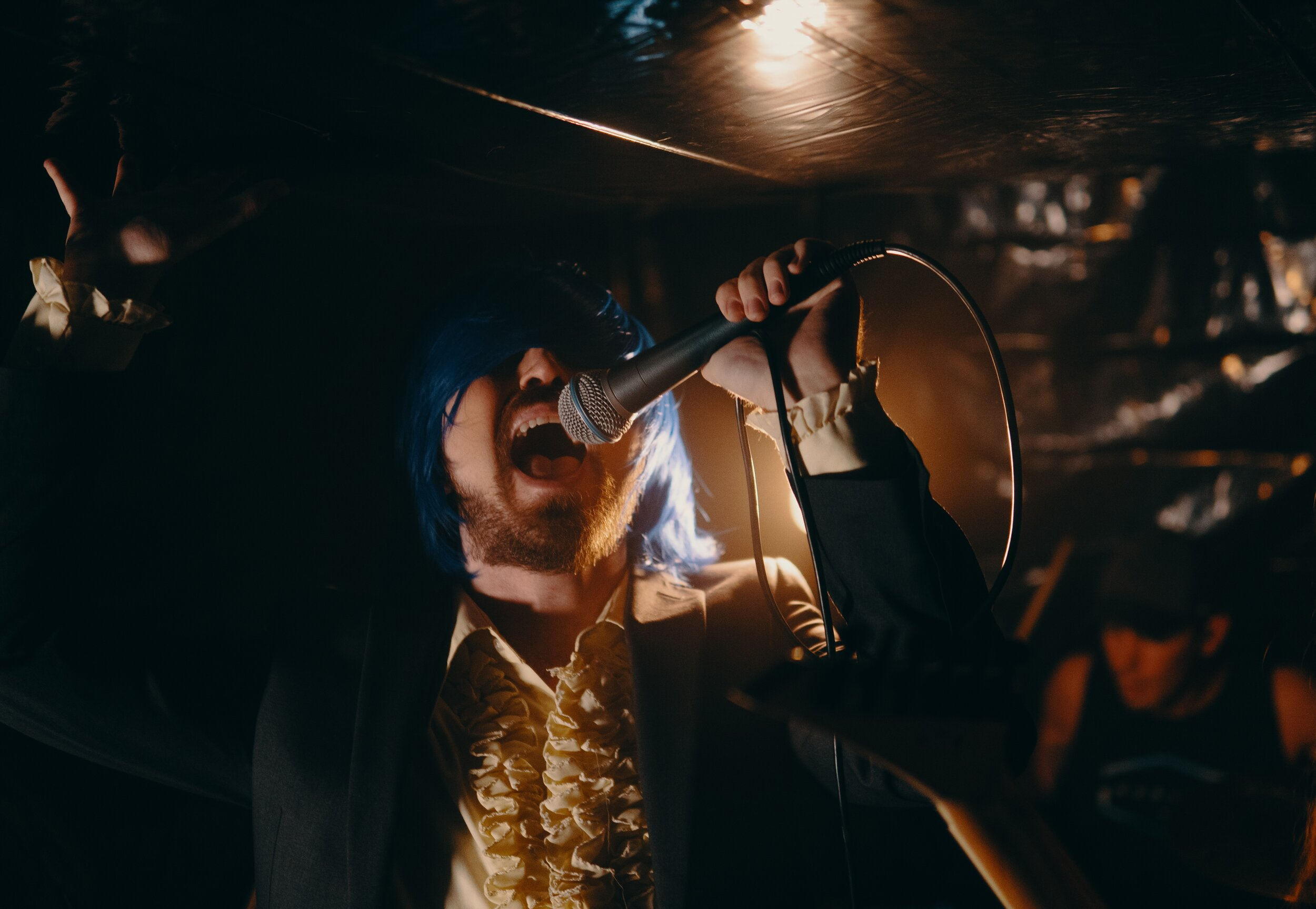 Lead singer Jon performing on the set of 'Lapis Lazuli.'