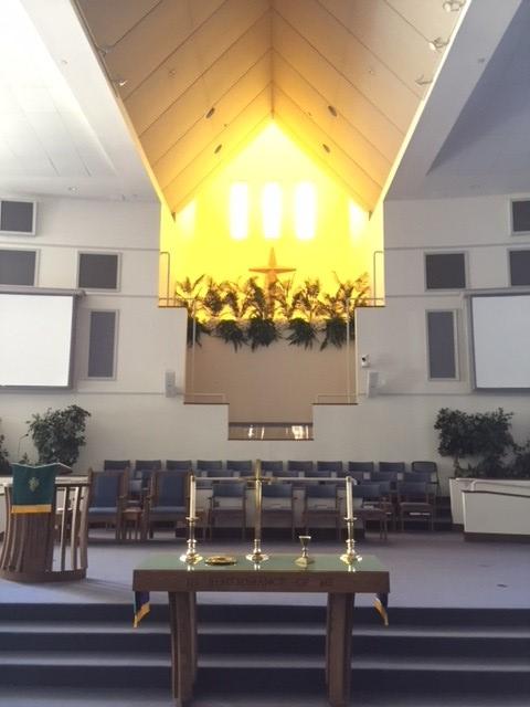Largo Community Church interior 2.jpg
