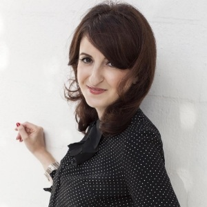 Shana Astrachan -