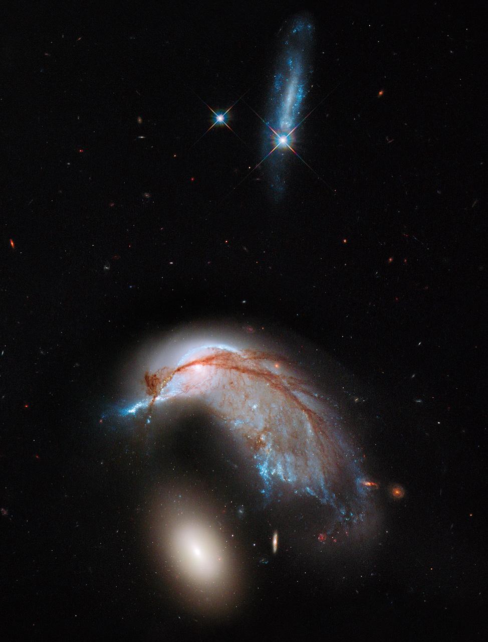 756581main_hubble_colliding_galaxies_full_full.jpg