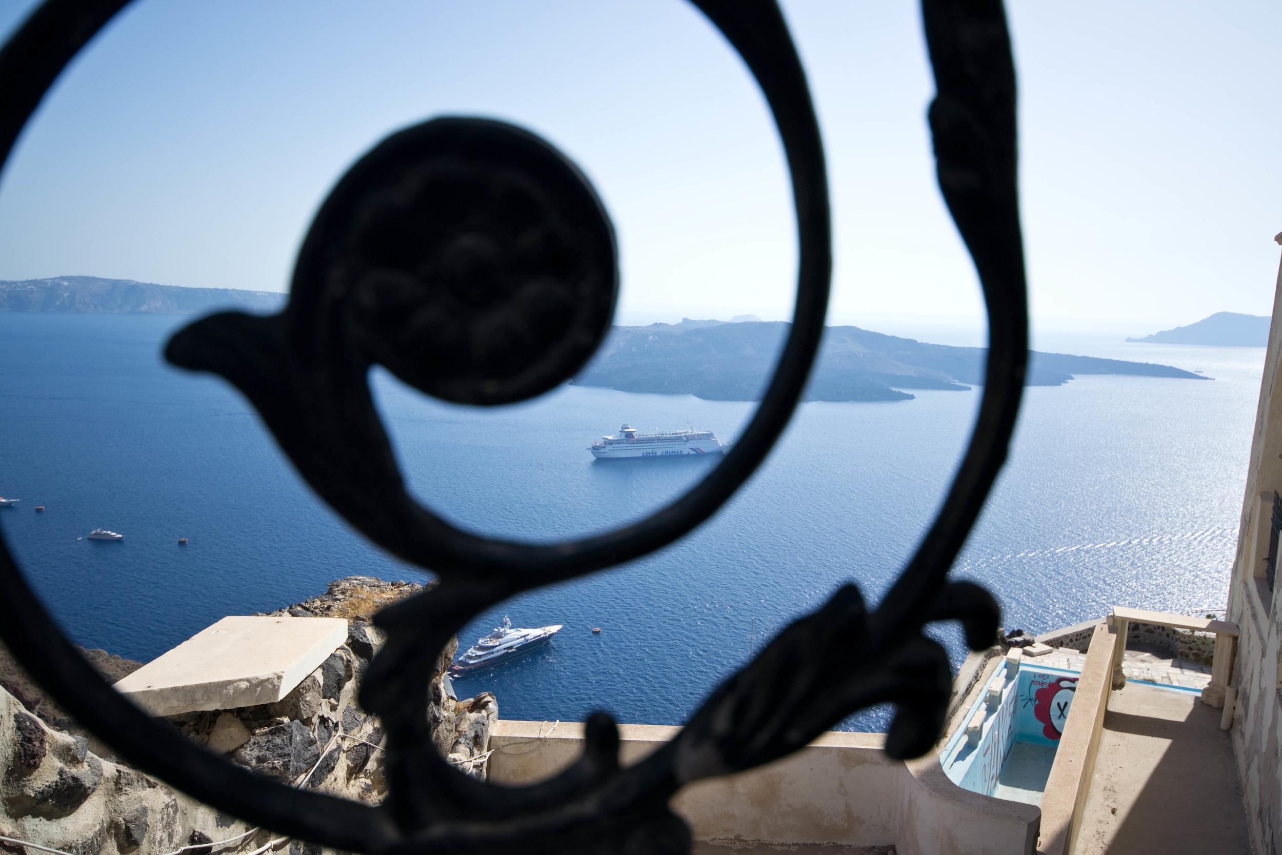 Santorini by Charuk Studios