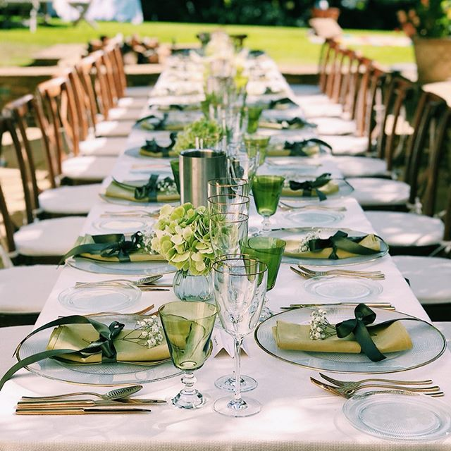 Squeezing the most out of the Indian summer for our tablescaping 💚🌿 Yesterday we catered a post Christening lunch and they were lucky enough to have glorious ☀️ We brought the last of the summer greenery to the table with the help of @mad_lilies and @couverthire for our styling needs. Loving the touch of gold and green together with the crisp white for a fresh and elegant look. #pureindulgencecatering  ________________________________ #tablescape #eventstyling #eventprofs #surreycatering #greentablesetting #indiansummer #fiftyshadesofgreen #husbandandwifeteam #christeningparty #christeninglunch #seale #surreyevent #christeningcatering #greenandgoldwedding #woodlandthemeparty #touchofgold #mossgreen