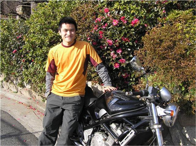 blue banner motorbike Kihei Takiura covenanter.jpg