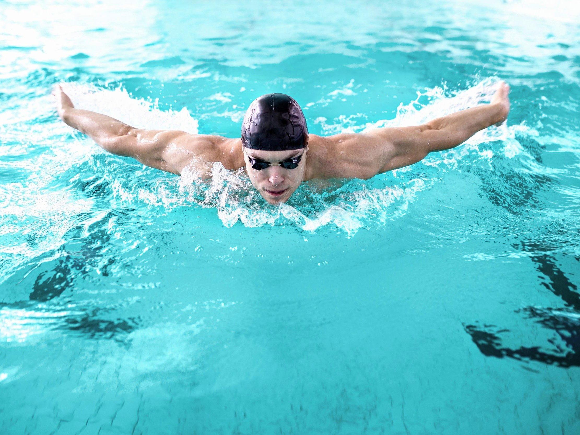 Go for a run or a swim at one of our 1000 specialist gym and pool outlets. -