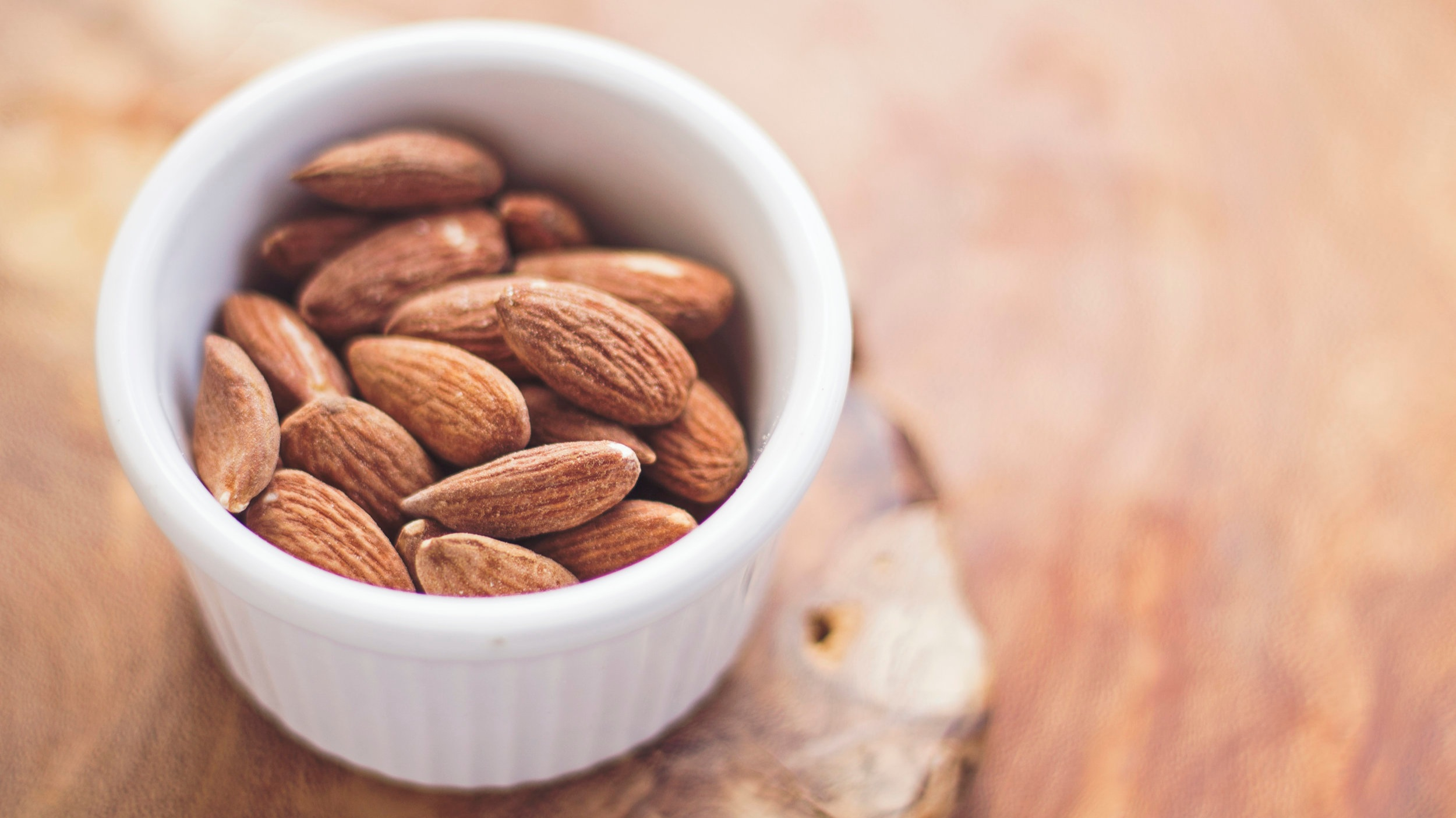 nuts-almonds-healthy-snacks-travel-tips-sanctifly