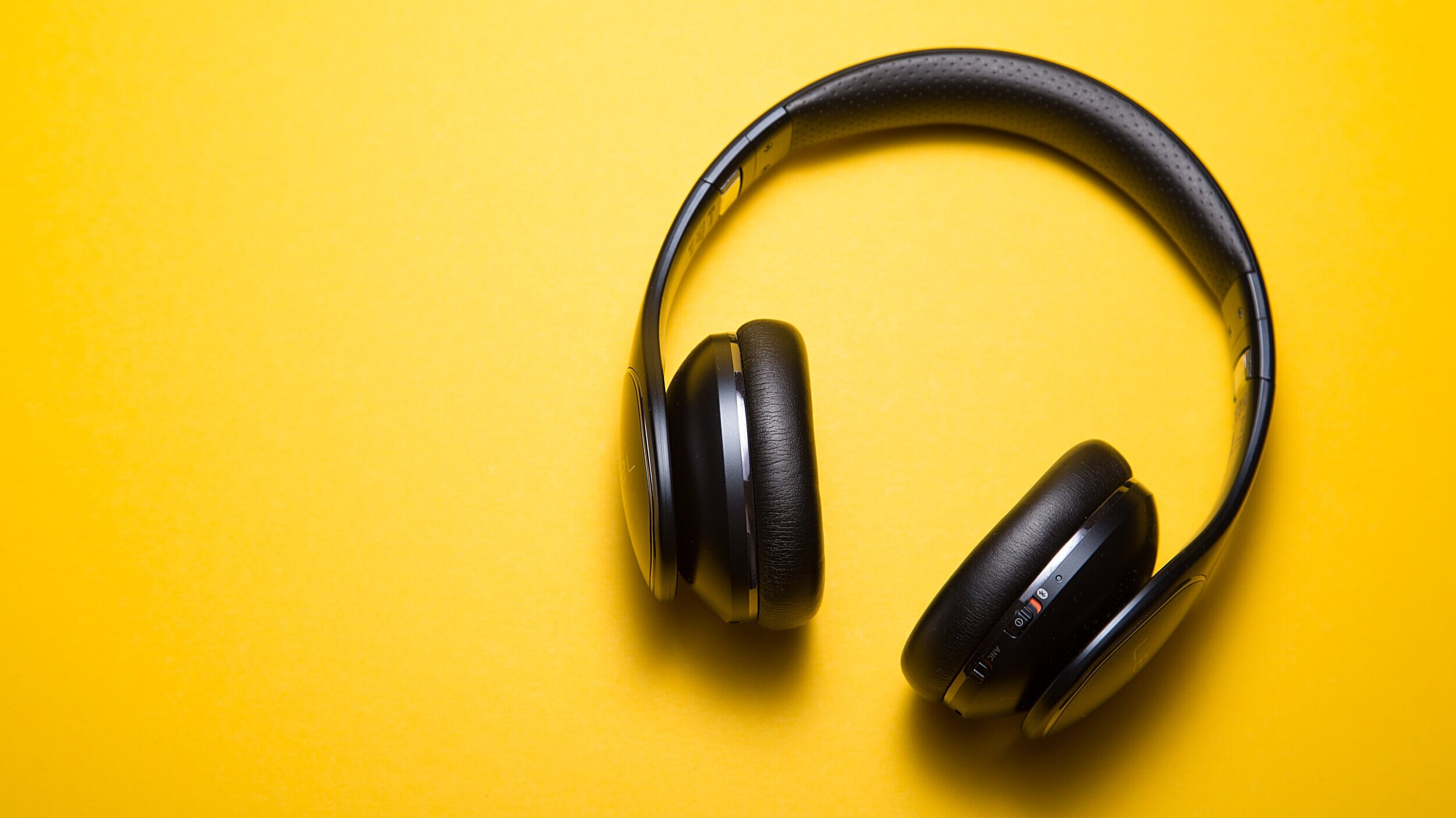eaphones-long-layover