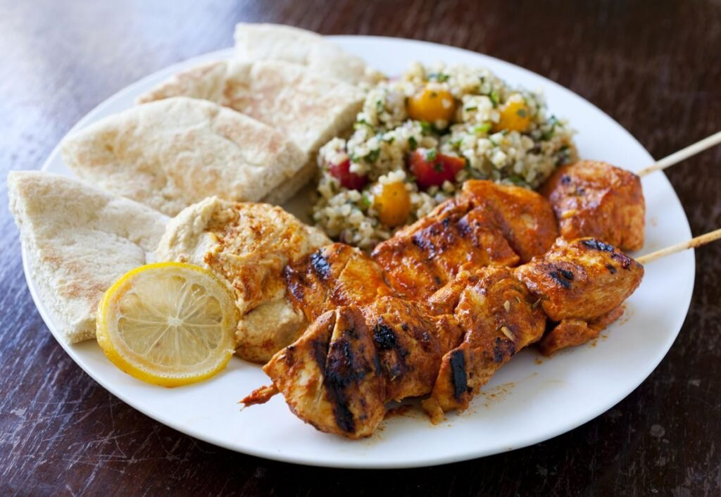 Lebanese Cuisine (Image - foodsyoushouldtry.com)