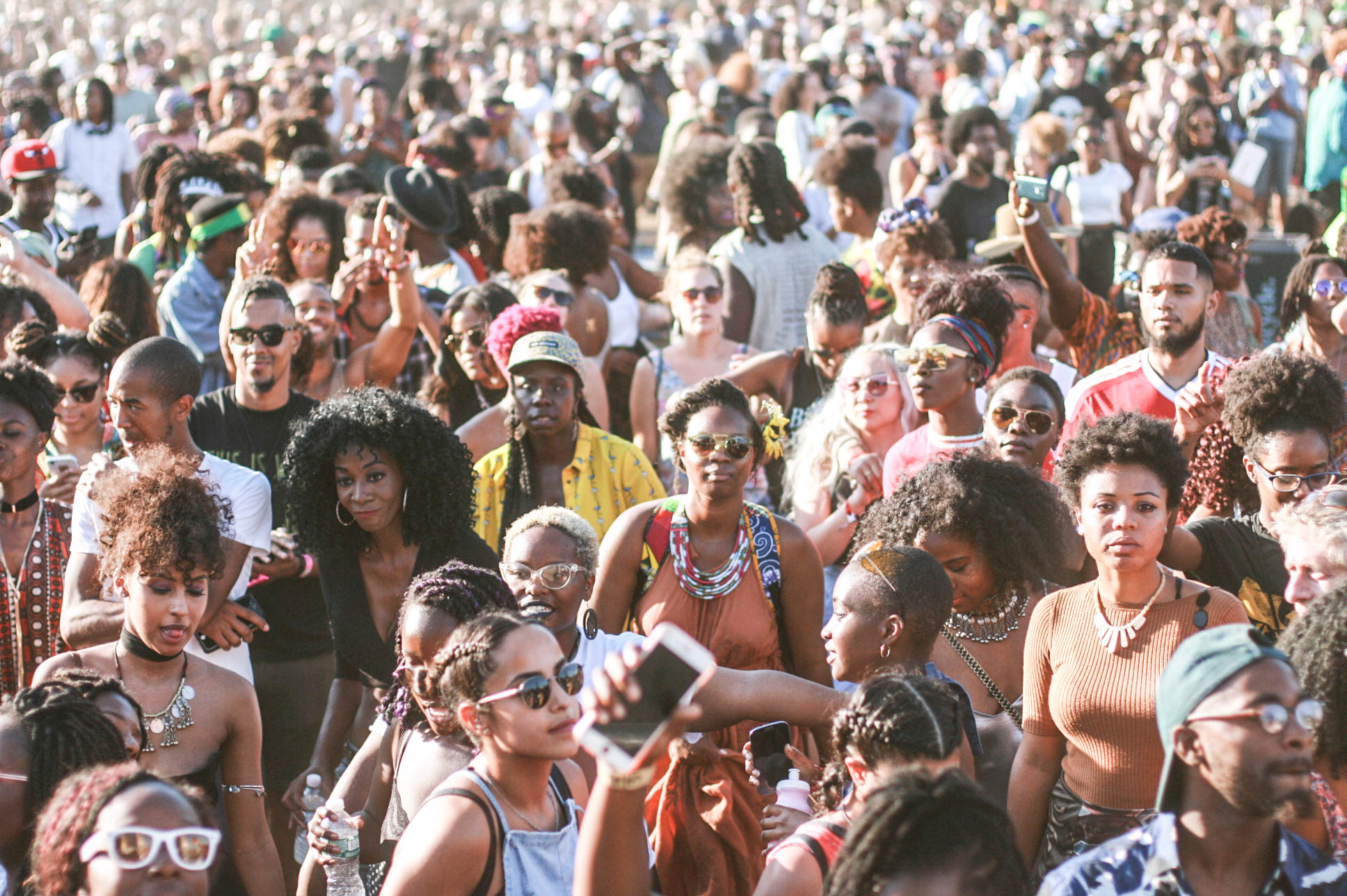 Crowd at #afropunkfest during @djmoma set.