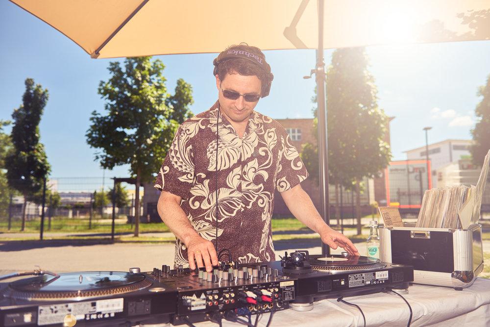 DJ Thomas Haak in der NAUMANN KÜCHE