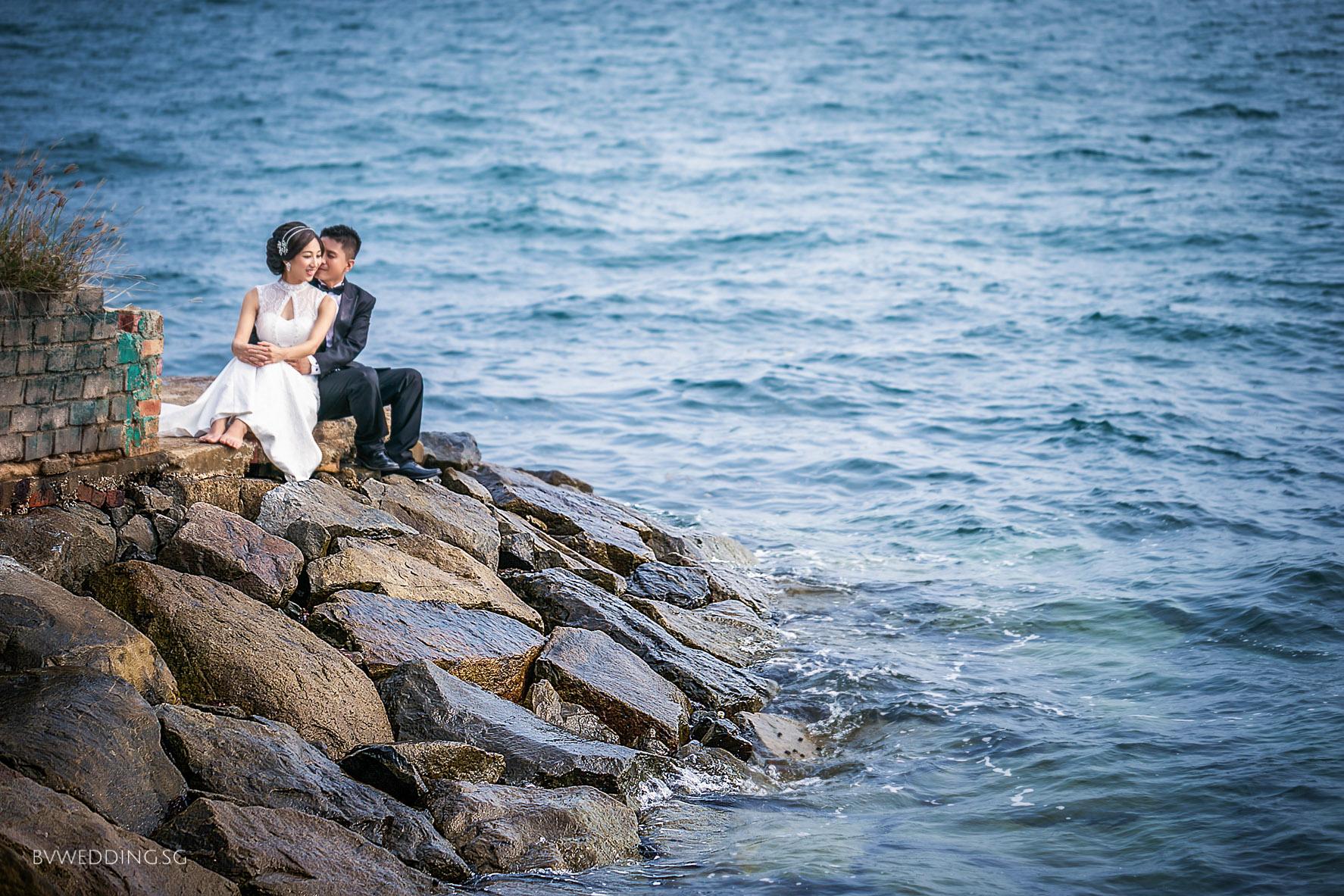 Pre-wedding Photoshoot at sentosa beach