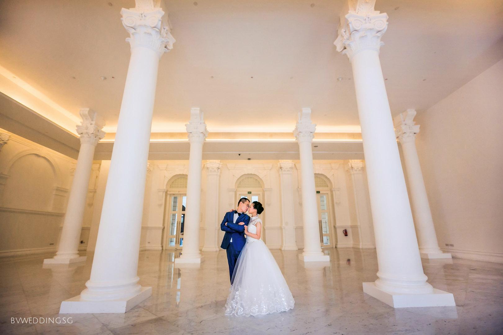Pre-wedding Photoshoot at Victoria Theatre