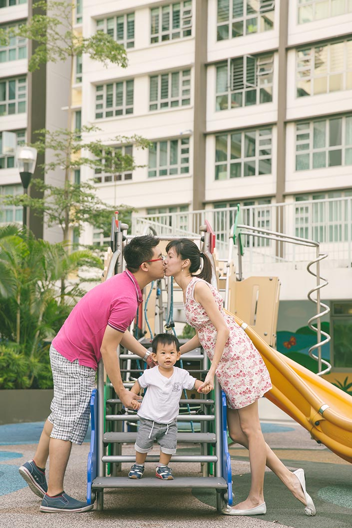 Outdoor_Family_Photoshoot_at_Punggol_007.jpg