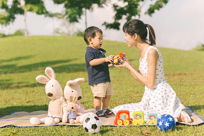 Outdoor_Family_Photoshoot_at_Punggol_Waterway_023.jpg