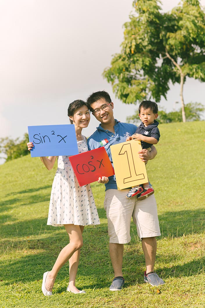 Outdoor_Family_Photoshoot_at_Punggol_Waterway_027.jpg