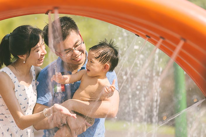 Outdoor_Family_Photoshoot_at_Punggol_Waterway_038.jpg