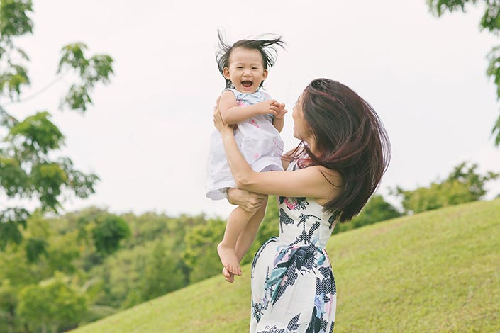 Outdoor-Family-Photoshoot-at-Punggol-Waterway-06.jpg