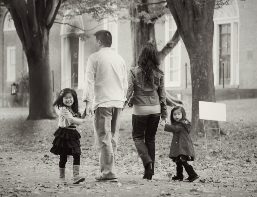 lim_family_boston_photographer_jhuiphoto_05(pp_w900_h693).jpg