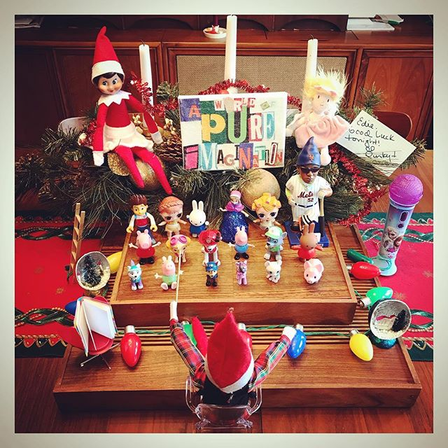 P U N K Y & C O C O get ready for Edie's winter concert this evening. Featuring @ycespedes52 @elfontheshelf @officialpeppa @disney @lolsurprise @pawpatrol art work by @myjoyjam and tiny book by @thecreativitycaravan . . . #tinygala #elfontheshelf #concert #ghostchair #nymets