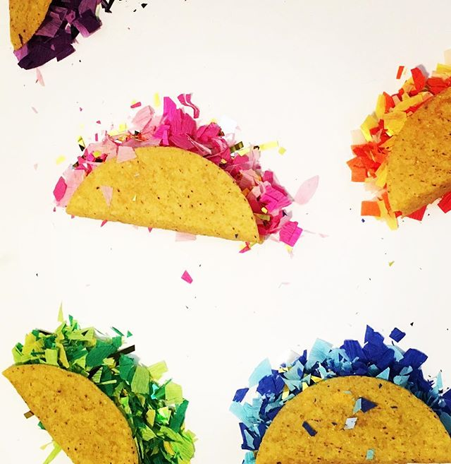 T A C O 🌮 ❤️💜💙 It's almost that time again!! C I N C O de M A Y O . #tinygala #taco #cincodemayo #confetti #fun #mexico #pinata #sodomino #imsomartha #tacoboutit