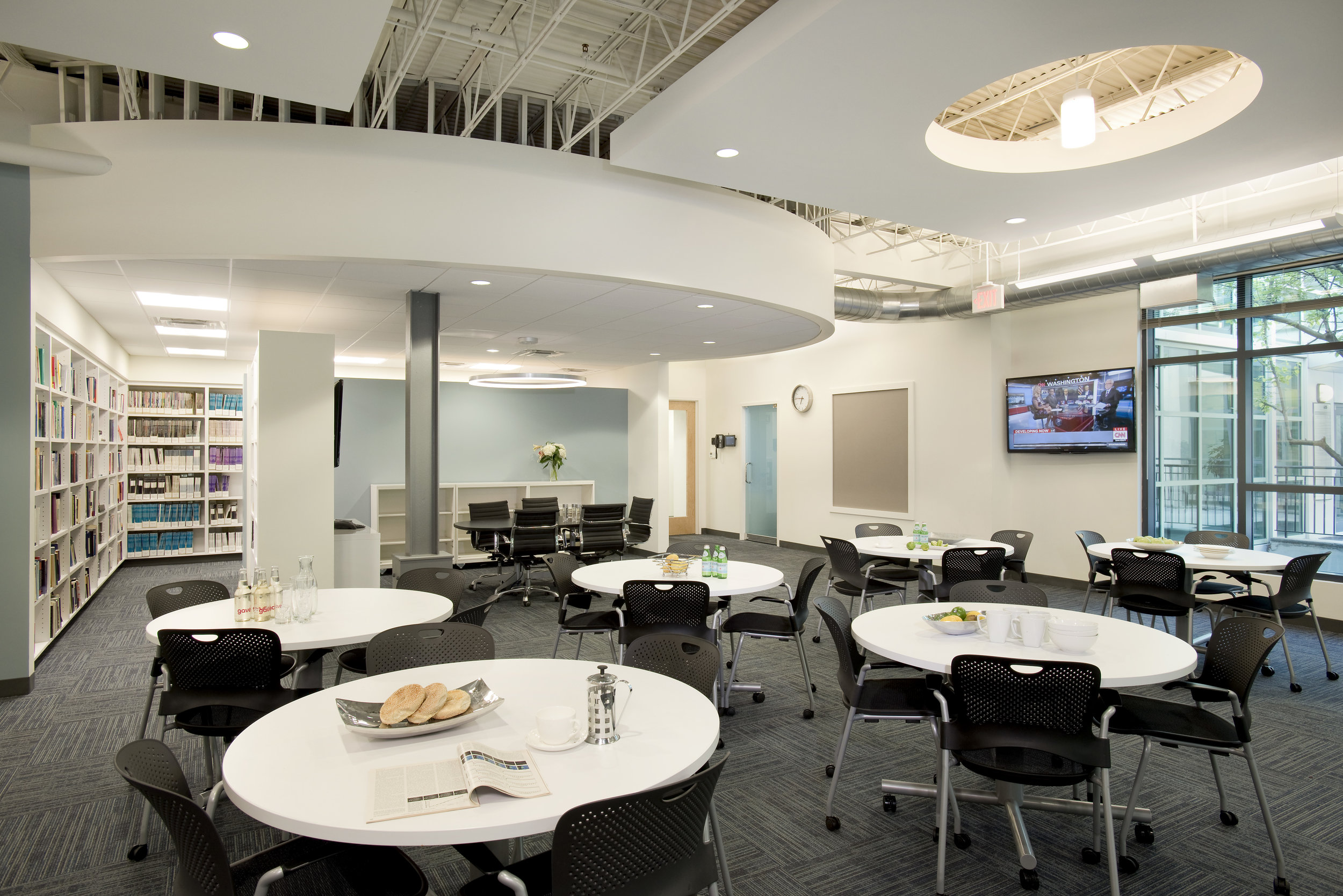 Charles River Analytics by HDS Architecture