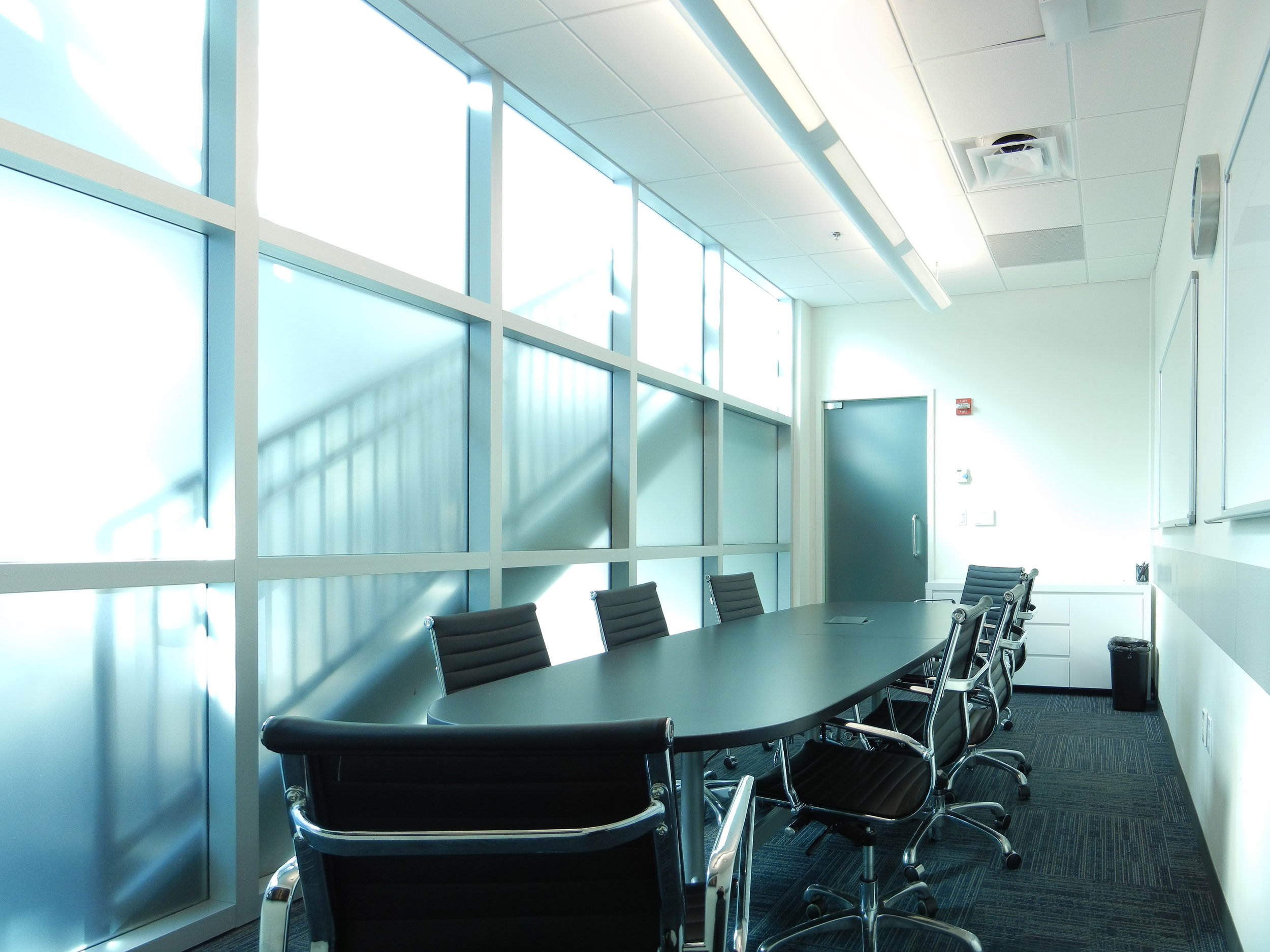 Charles River Analytics Conference Room by HDS Architecture
