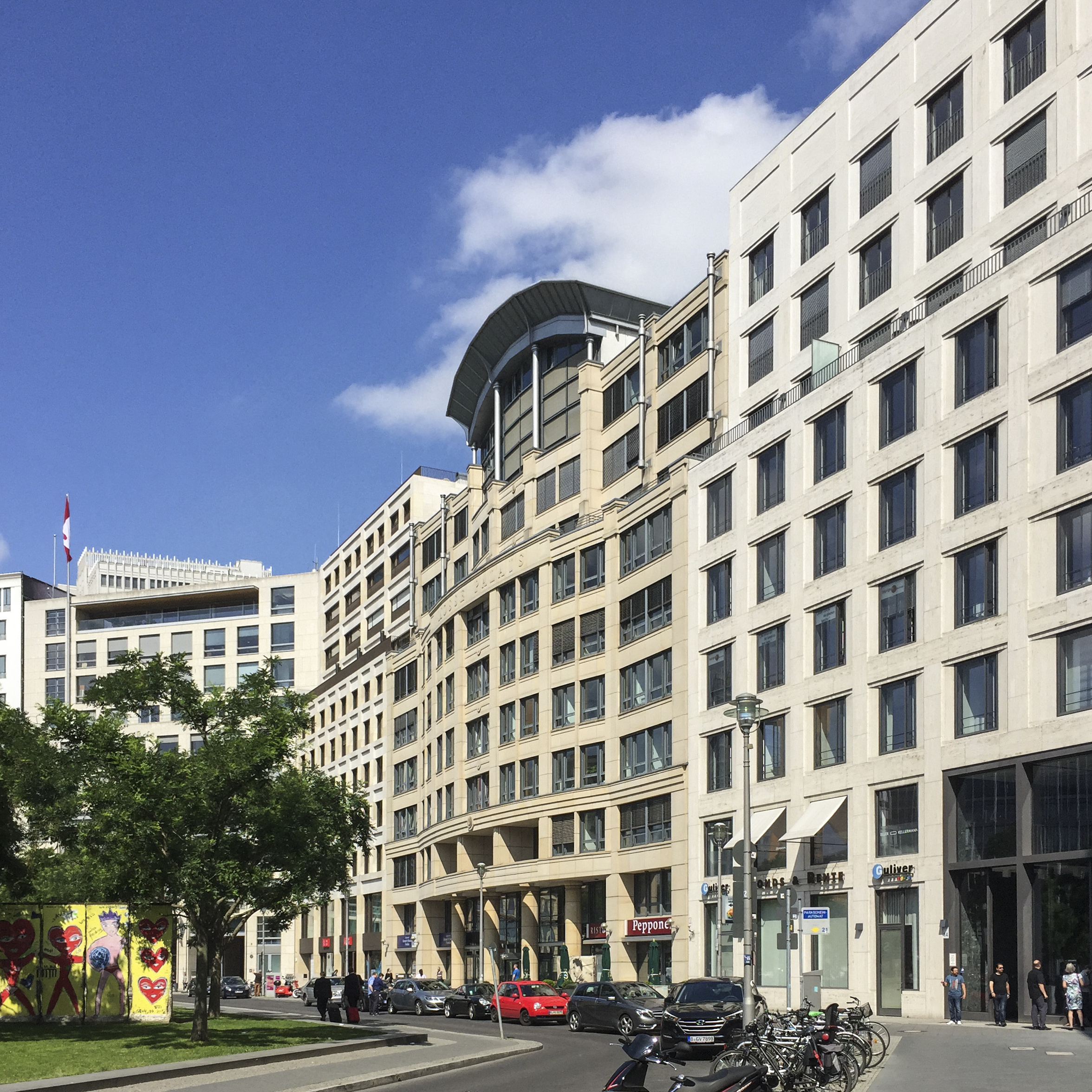 Mosse Palais Berlin Plaza by HDS Architecture