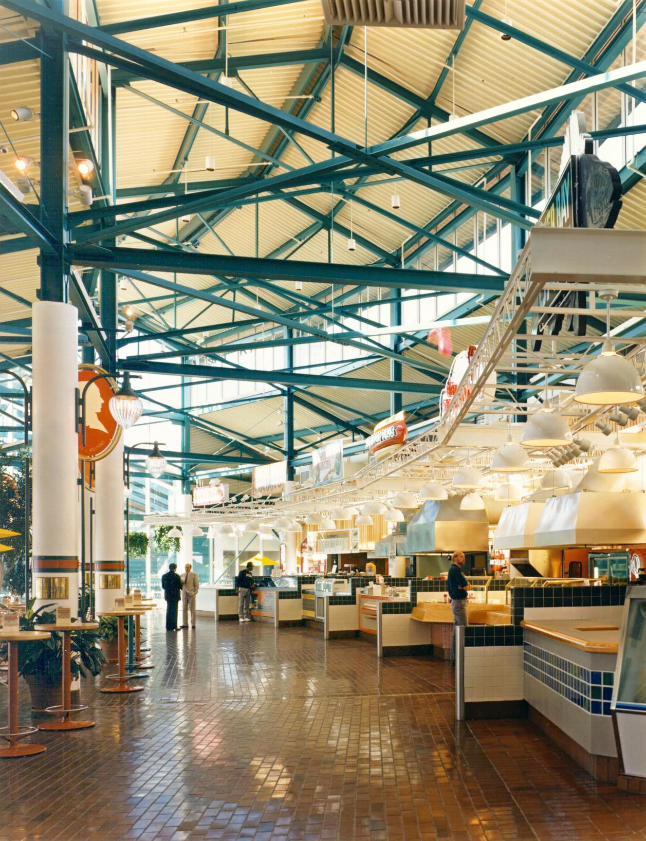 Jacksonville-Landing-Interior2-HDS-Architecture.JPG