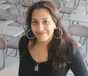 SHAHEEN PASHA  is an assistant professor of international journalism at UMass Amherst. Mentorship Beat: Business reporting, how to pitch.