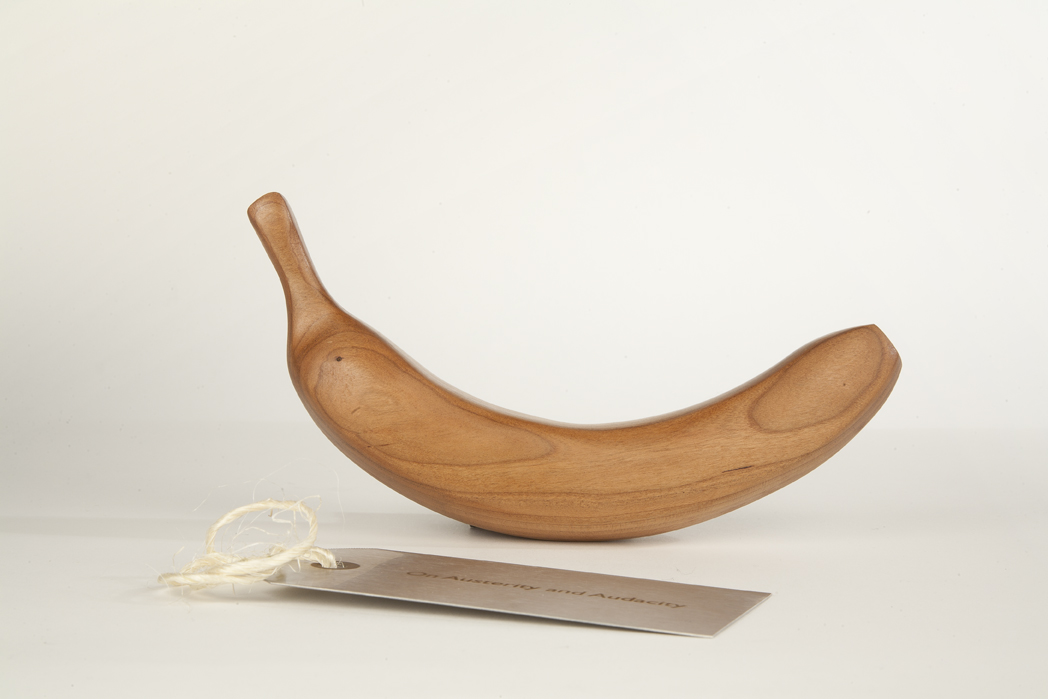 Cherrywood Banana with Metal Tag