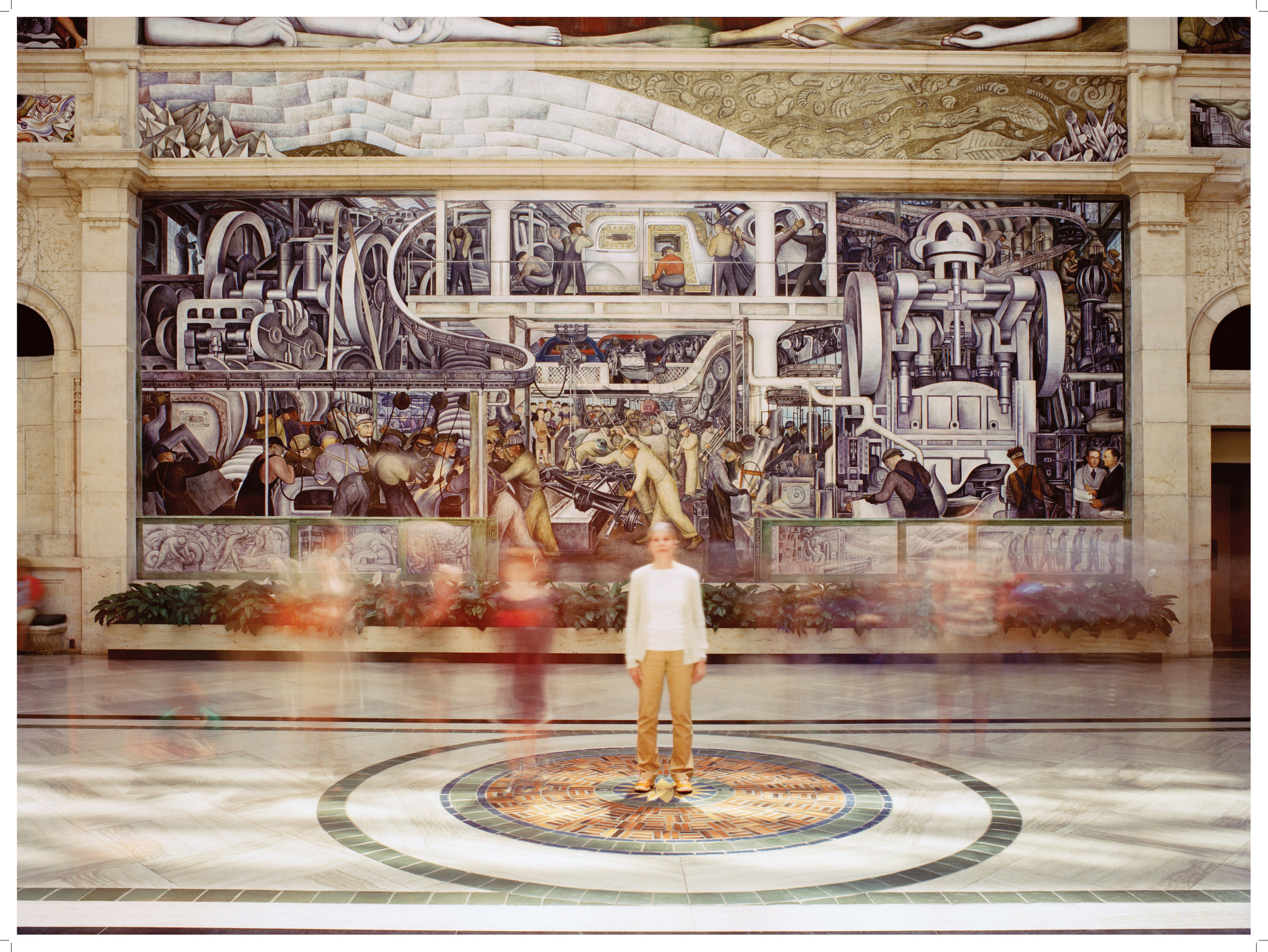 Extended Breathing in the Rivera Frescoes , 2013/2014, series: Extended Breathing in Public Places 2008-14, 152.4 x 203.2 cm, digital chromogenic print