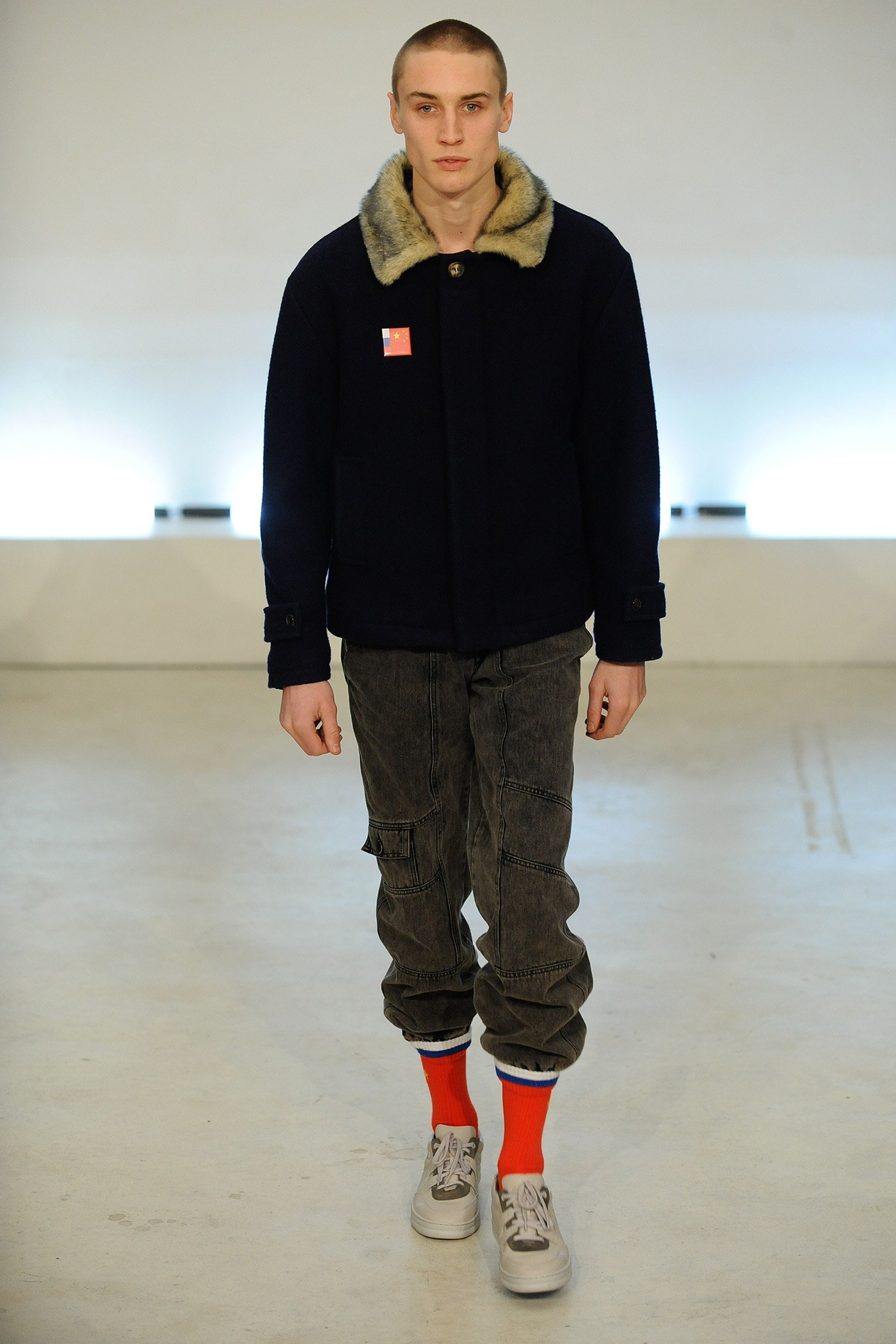 https-::www.vogue.com:fashion-shows:fall-2015-menswear:gosha-rubchinskiy:slideshow:collection#3.jpg