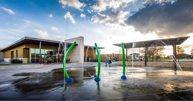 We love designing facilities to support recreation and play! Here is an exterior view of the water works at the Westwood Club at Aliana. For more photos of this project, check out our website!  Link in bio ☝🏼 📸: Slyworks Photography ———————————————————————- #houstonarchitecture #designmatters #aiahouston #texasarchitect