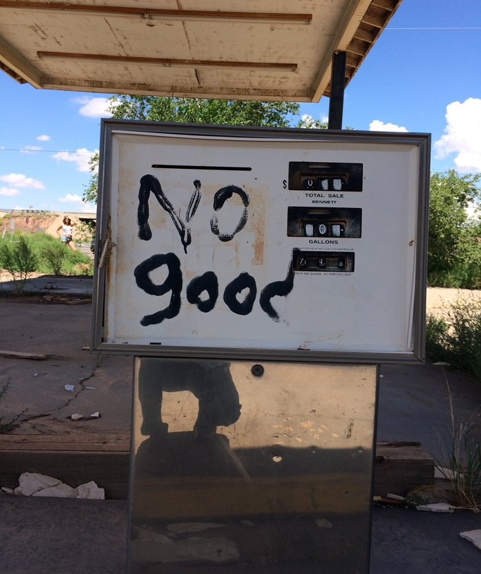 gas pump-no good-route 66_adj01-small.jpg