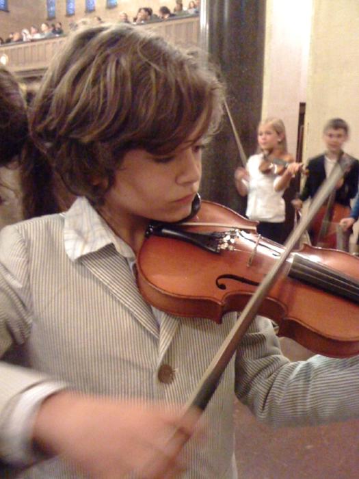 hugo-violin-bpc concert.jpg