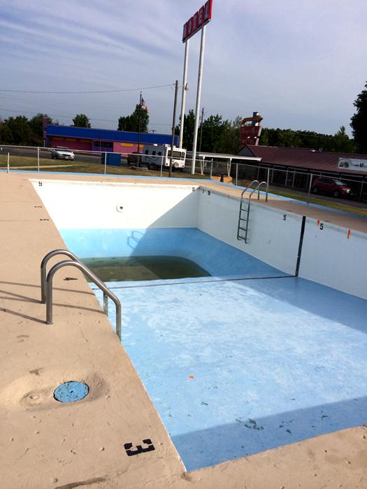 Route 66-empty motel swimming pool_adj01-sm.jpg