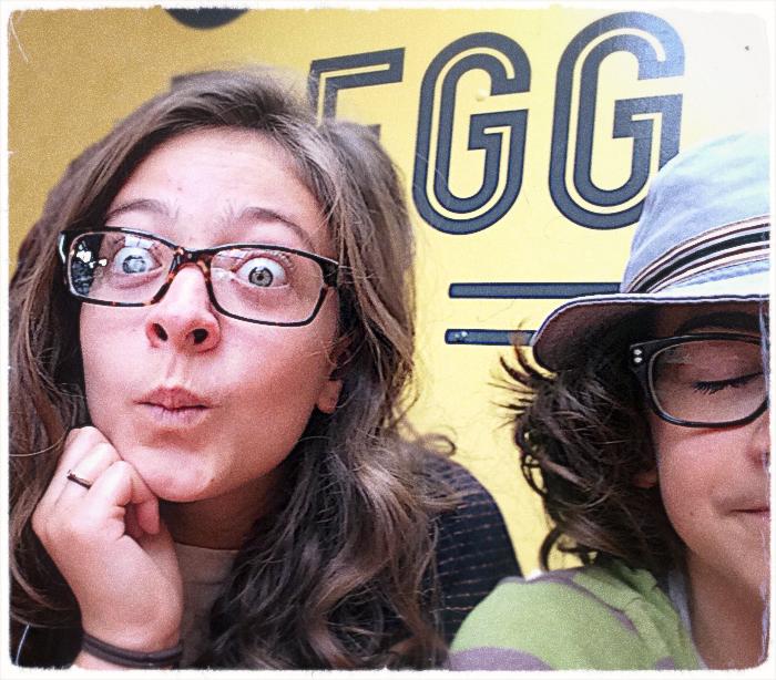 isabelle, Hugo, Portland, Egg sign_adj01-sm_v2.jpg