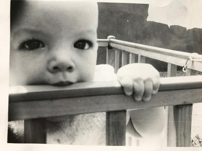 Baby-mouth on crib bar_adj01-sm.jpg