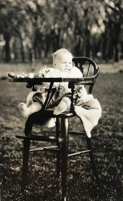 Dad-highchair-outdoors_adj01-sm.jpg