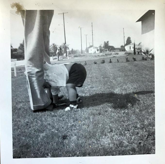 Rob-Dad's legs-lawn_adj01-sm.jpg