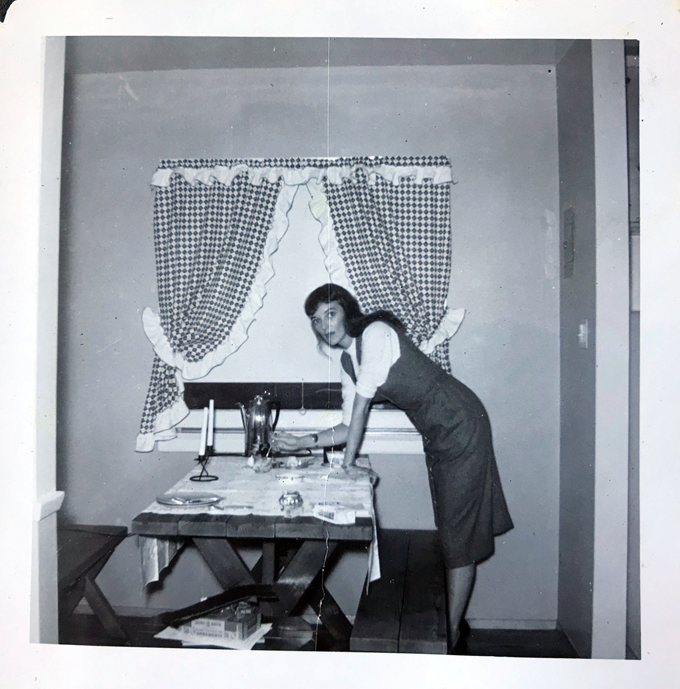 Mom-kitchen-1950s_adj01-sm.jpg