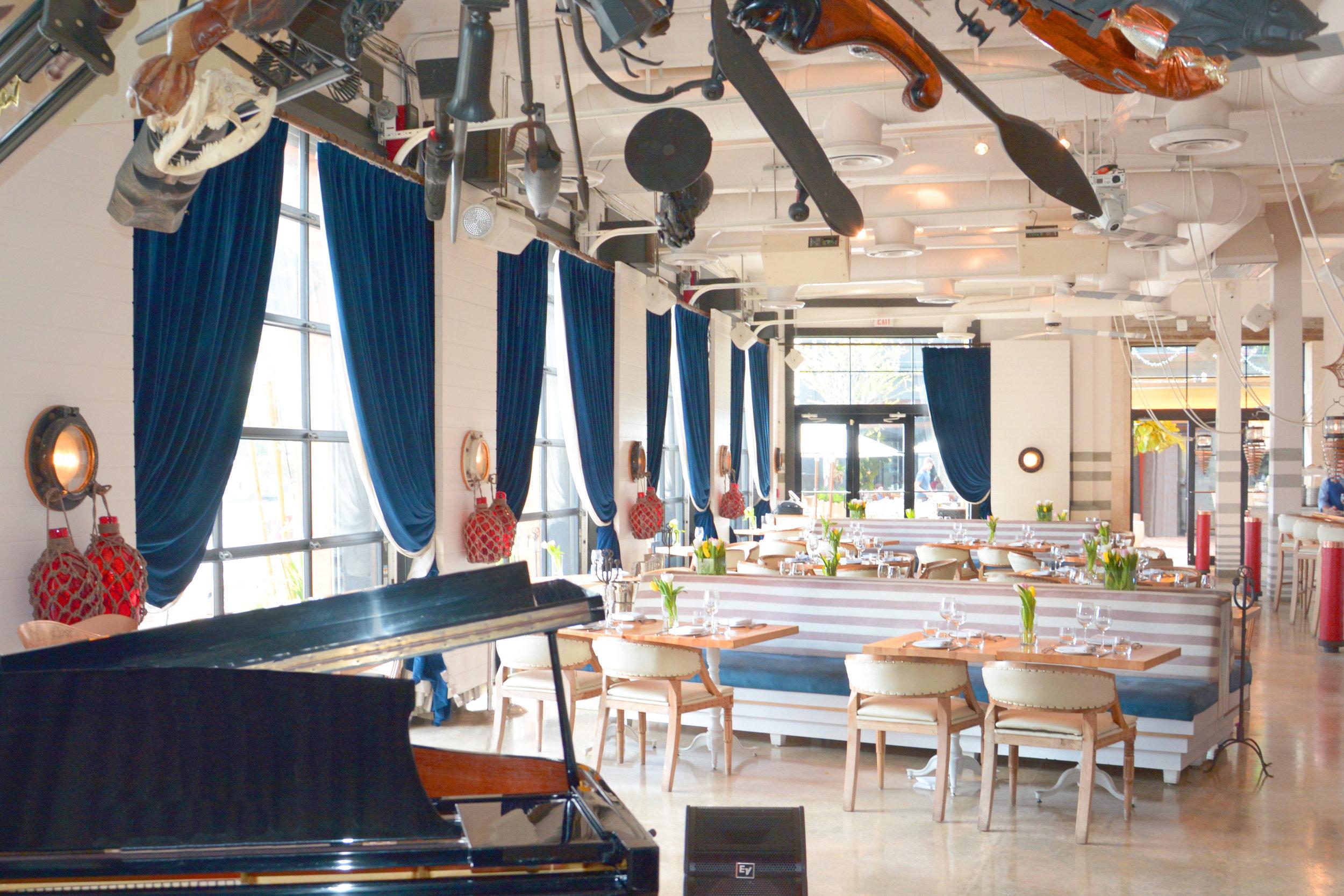 Dining room_5243.JPG