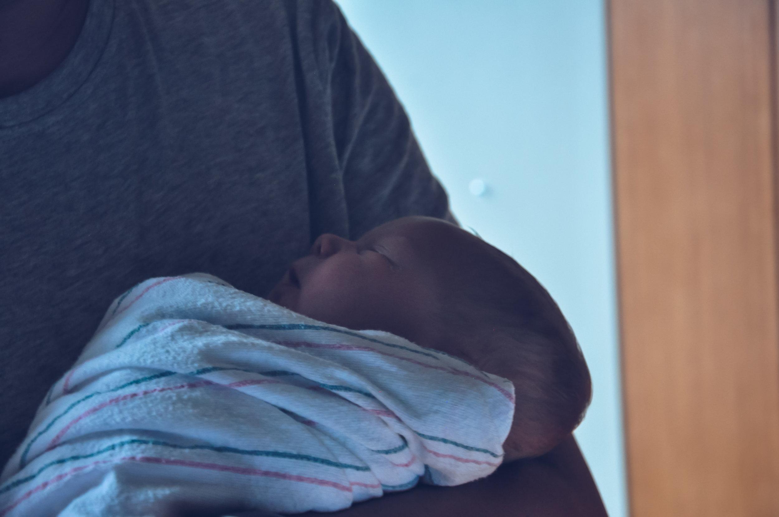 7-22-18 - Baby Gary Hospital Shoot00040.jpg