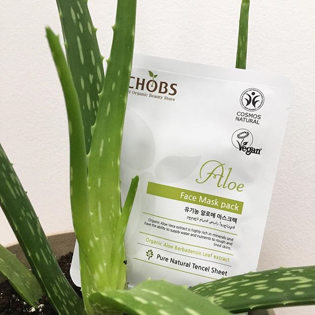 Enjoyed the un for the long weekend? Then, It's time to do after sun care😉 our all natural CHOBS sheet mask made with organic aloe extract helps to calm and moisturize dried out skin after a long term exposure to sunlight ☀️ CHOBS PRODUCTIS INLY AVAILABLE AT JOAH CANADA👉shop at www.jo-ah.com👈 #sun #sunshine #sunlight #aftersunskincare #summer #summerskincare #summerskincaretips