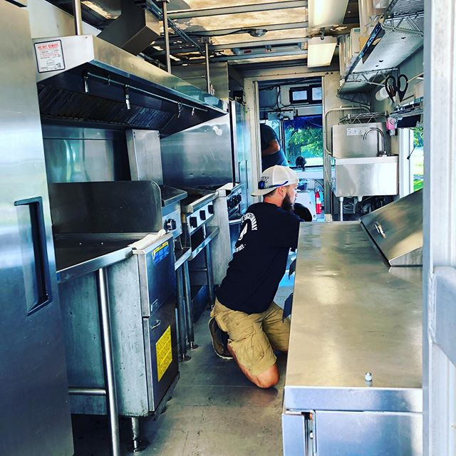 Operation cooler swap was a huge success thanks to our boys at Lee's refrigeration!  Thanks for all the help! . . . #coolasacucumber #thatwasntsobad #foodtruck #mn #counterspaceispriceless #butcoolerscostalotofmoney #tacos #sliders #summerinmn