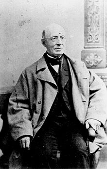 220px-William_garrison.jpg