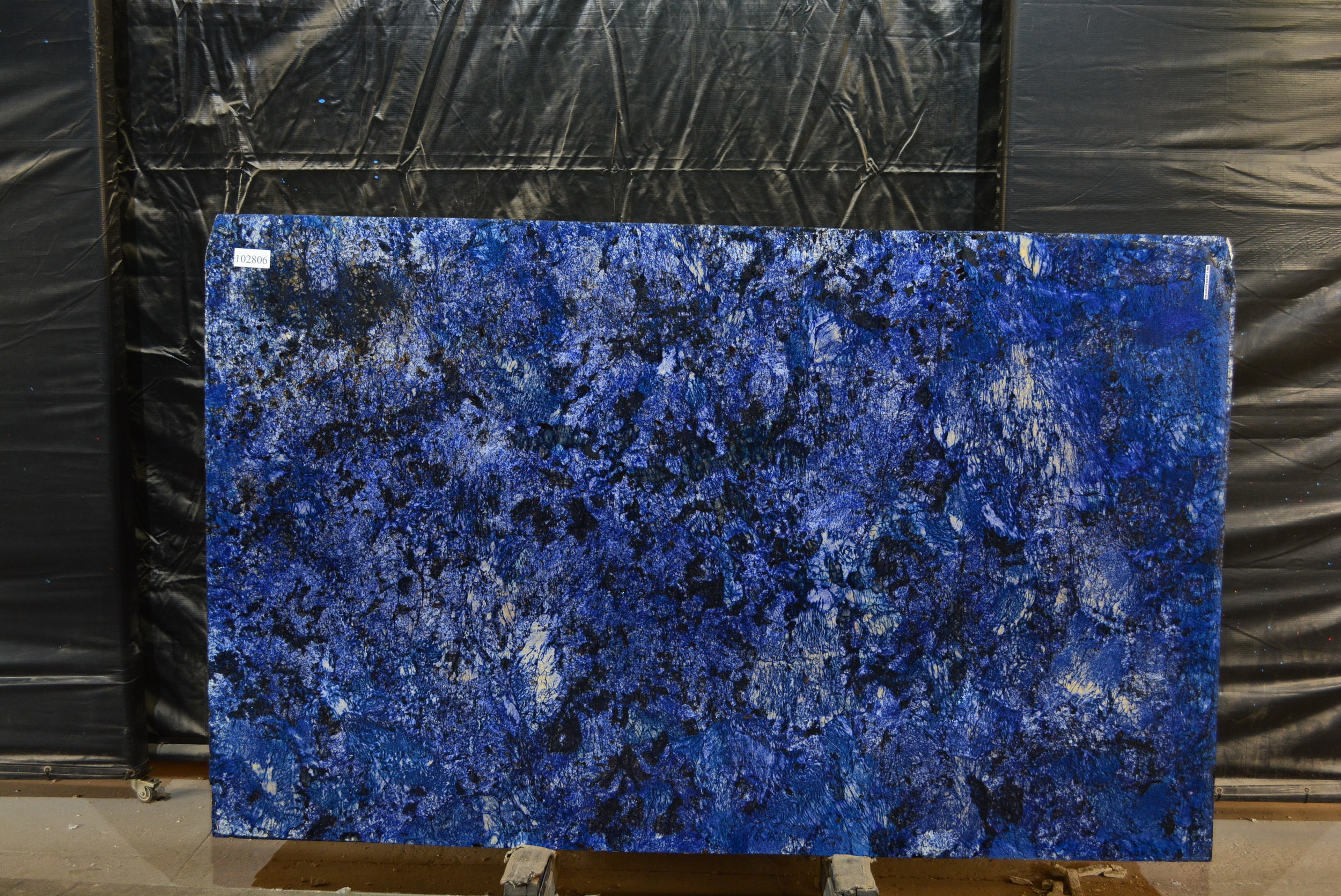 BLUE AGATA  102806.jpg