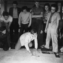 DE NIRO, SR. (standing center, arms crossed) WITH JOSEF ALBERS AT BLACK MOUNTAIN COLLEGE, circa 1939-1942