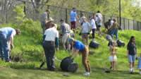 A tremendous turnout of neighborhood residents at Brackett Park.