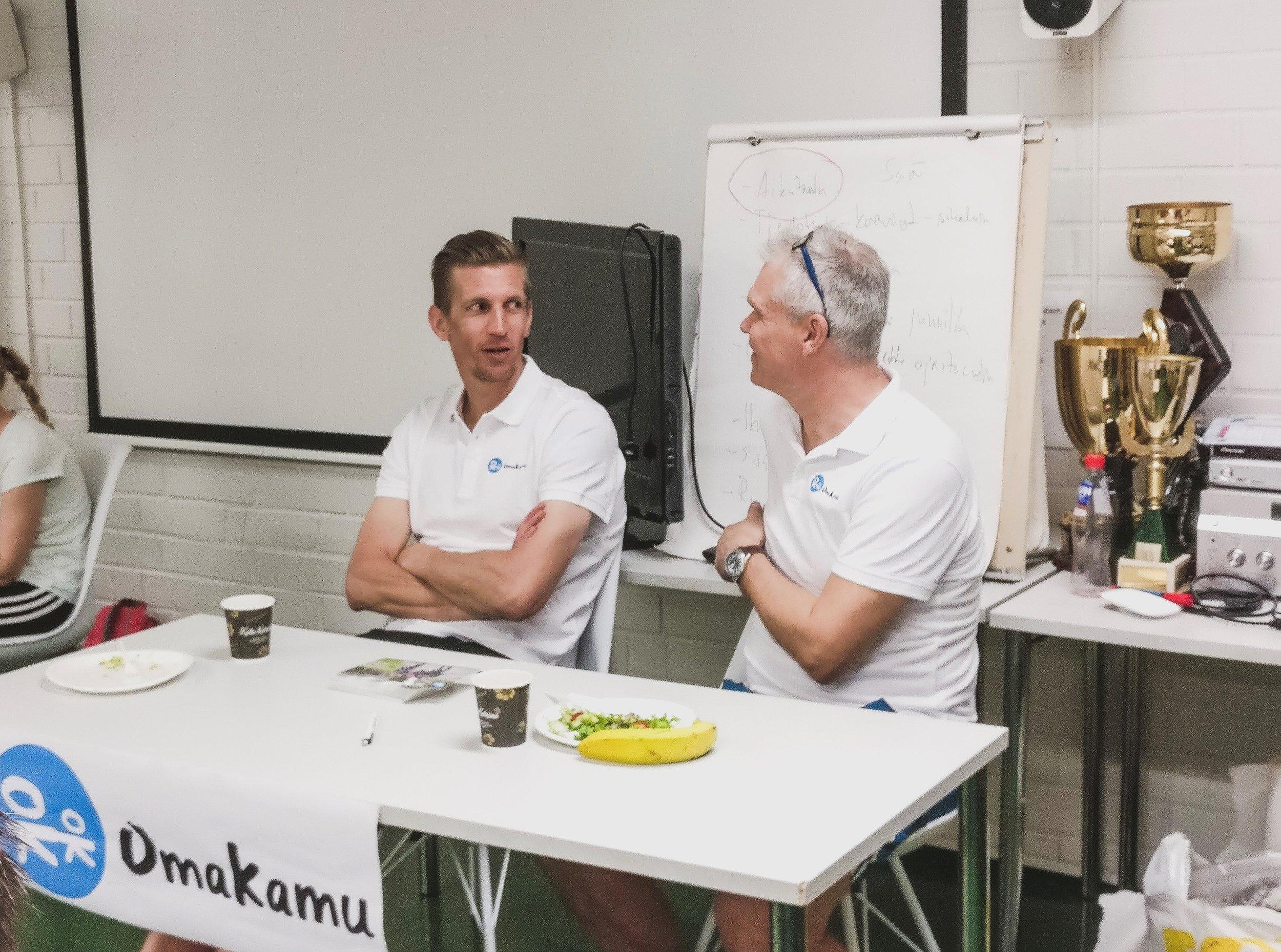 Jarkko Nieminen ja kaveritoiminnan johtaja. Tukihenkilötoiminta ja vapaaehtoistyö. Lapset ja aika.