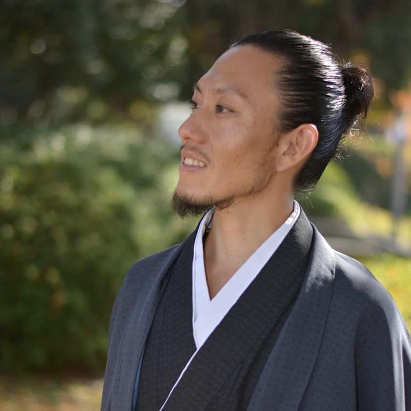 Yasuhiro - 01/13/2019 何もない世界から広がっていく想いや感情をありのまま表現してゆきます。★Sm;)ey展出展アーティスト